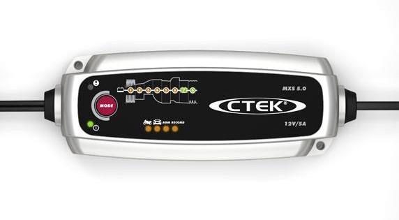 Batterielader für die Autobatterie im Test: Fast alle getesteten Schnelllader empfehlenswert