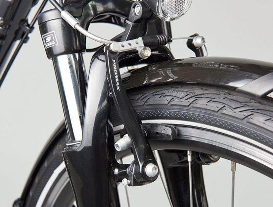 Drei E-Bikes erreichen nicht die erforderliche Bremswirkung. (Foto: Stiftung Warentest)