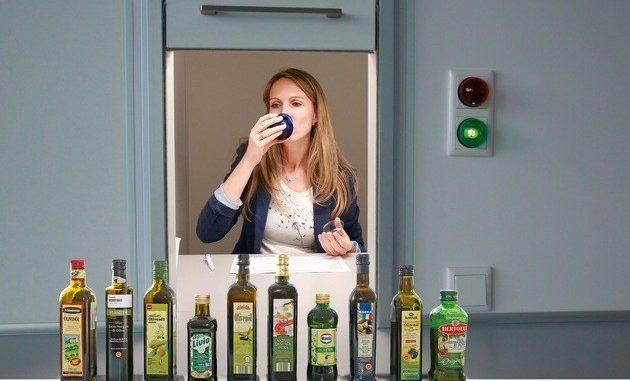 Beim Olivenöl-Test der Zeitschrift Testbild gab es gleich mehrere Überraschungen. (Foto: Testbild)
